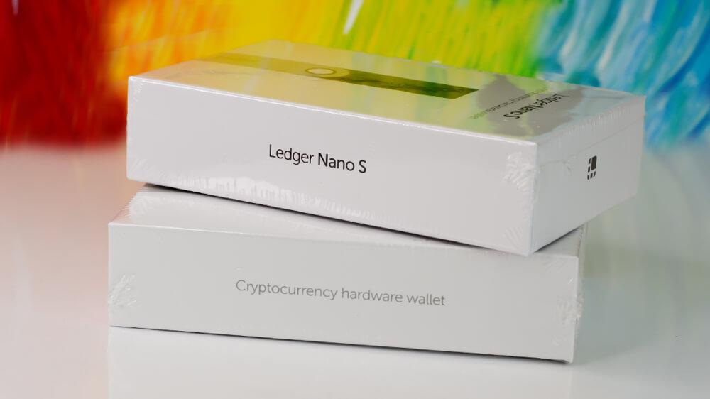 Ledger Nano S от официален представител